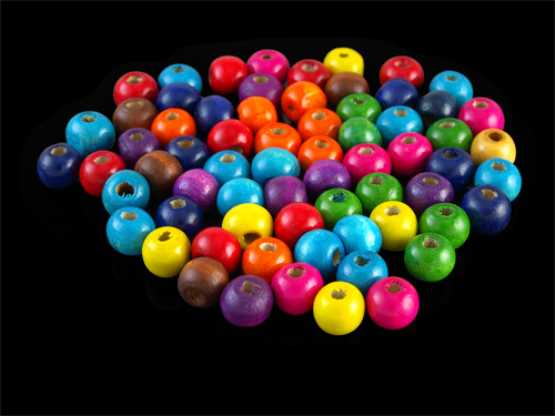 Perline di legno colorate